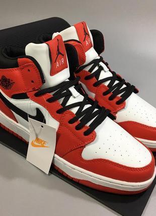 Мужские кроссовки Nike Air Jordan Retro.