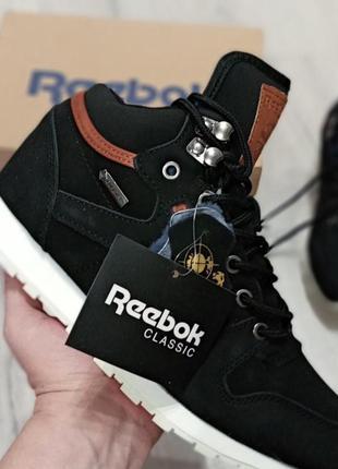 Мужские зимние ботинки кроссовки Reebok.