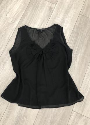 Черная шифоновая блуза с декором по горловине