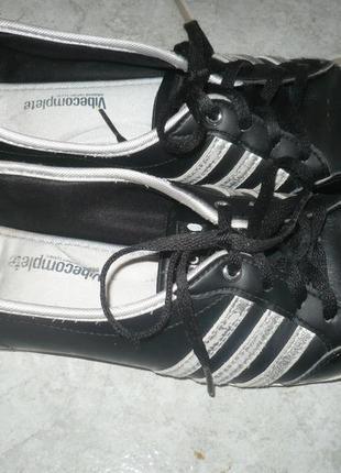 Кроссовки кожаные adidas 40р.