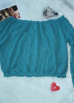Блузка со спущенными плечами кружево клеш рукава укороченная f...
