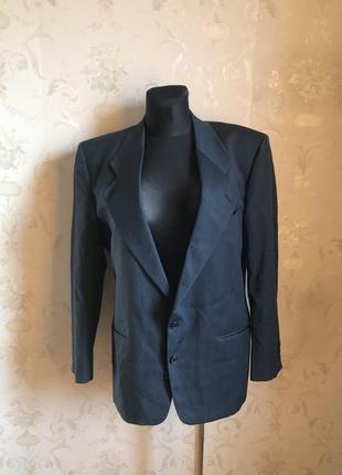 Итальянский 100% шерсть пиджак