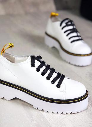 37-41. закрытые туфли броги на шнурках мартинсы на массивной п...