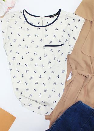 Красивая блуза в морской тематике с якорями Oasis