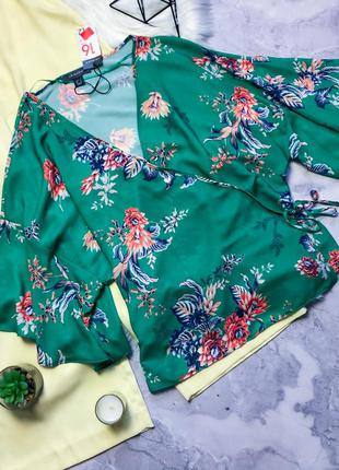 Новая шикарная блуза на запах с биркой