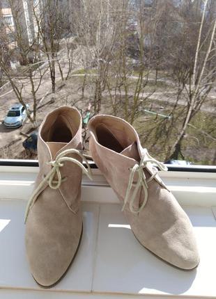 Ботиночки   из   натуральной   замши roberto santi.