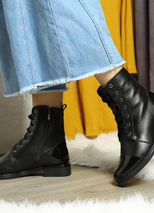 Скидка до 05.04!!  зимние черные ботинки на шнурке и со змейкой
