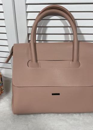 Пудровая сумка из экокожи