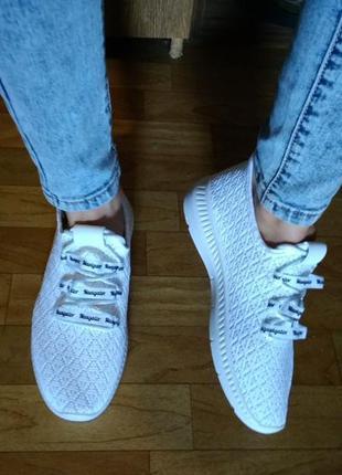 Женские летние белые кроссовки из текстиля