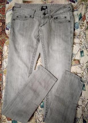 Брендовые джинсы Yes or no.скини