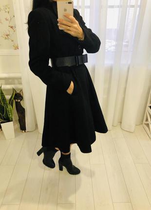 Черное длинное пальто с пышной юбкой из шерсти и кашемира kaliko