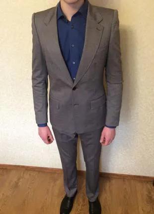 Мужской костюм Zara, классический.