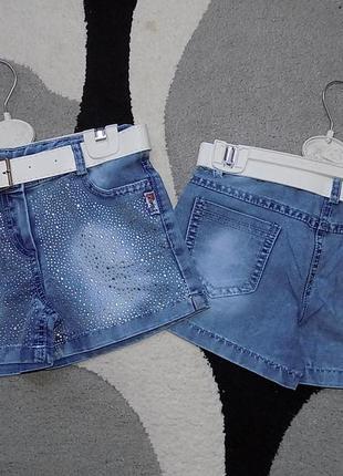 Модные джинсовые шорты со стразами для девочек