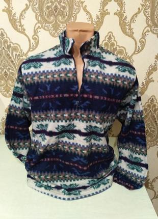 Теплый флисовый свитер с молнией на горле размер s