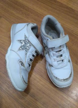 Белые кроссовки f&f 32 размер, стелька 20 см