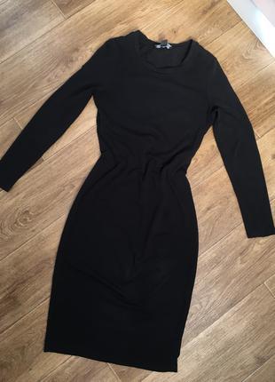 Платье за колено