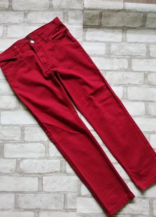 Крутые красные джинсы 134р.8-9 лет