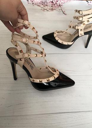 Туфли босоножки с переплетом лодочки новые  шикарные