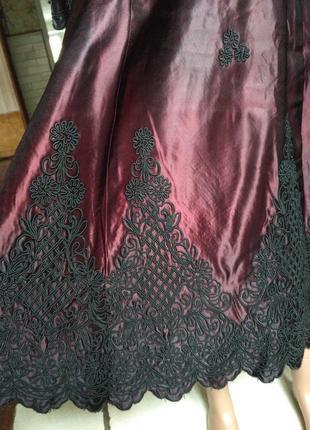 Очень интересное платье с кружевом