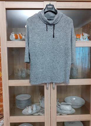 Очень симпатичный мягкий пуловер с хомутом большого размера