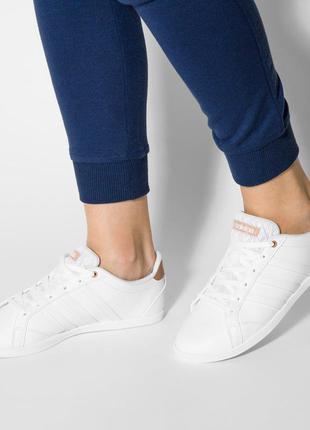 Кроссовки легкие и удобные adidas coneo. оригинал