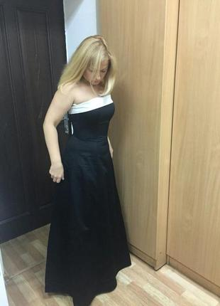 Элегантное вечернее платье бюстье в пол