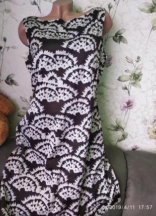 Платье на подкладке  р. 16, наш 50-52