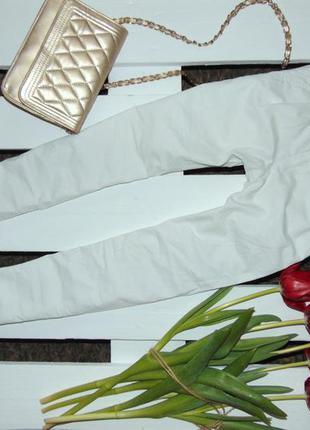 Стильні білі брючки vinlage classic  ріст 134