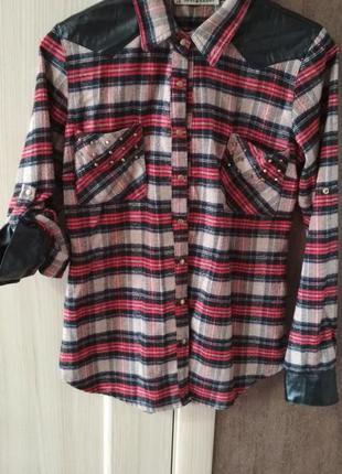 Рубашка женская в клетку с вставками кожзама