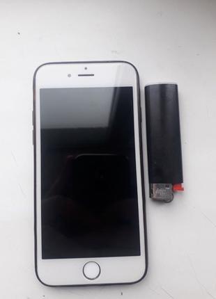 продам iPhone 6 на 16 Gb