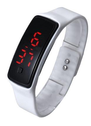 Спортивные белые силиконовые часы браслет с led циферблатом