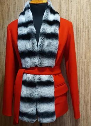 Пальто с мехом шиншиллы