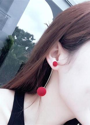 Плюшевые длинные серьги помпоны красные 4 варианта ношения