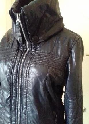 Куртка на весну))