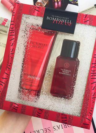 Подарочный набор от victoria's secret bombshell intense gift set