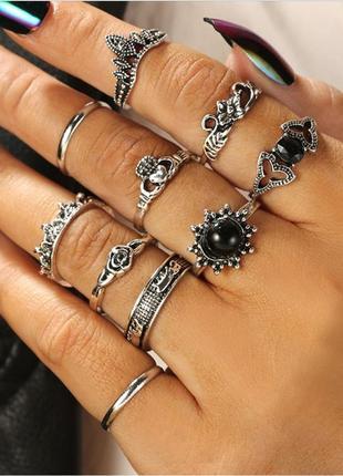 Набор колец 10 штук ( кольцо черный камень, корона, цветок, се...