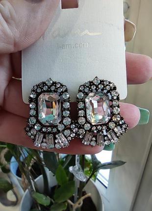Красивые серьги камни гвоздики  серебро