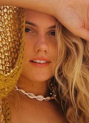 Стильное ожерелье чокер ракушки