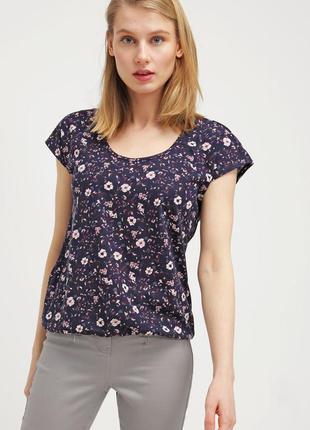 Топ/футболка в цветочный принт edc by esprit