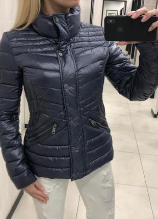 Демисезонная куртка стёганая курточка на синтепоне. amisu.