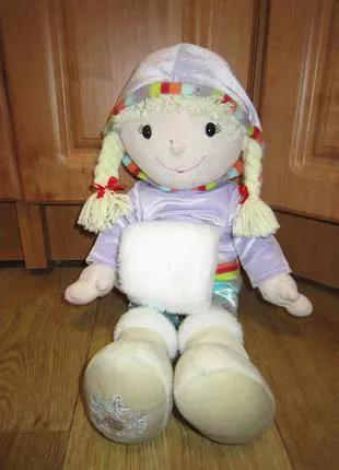 Большая мягкая кукла с муфточкой, 52 см