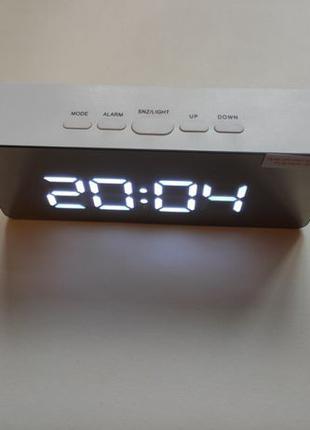 Настольные часы светодиодный зеркальный будильник датчик темпе...