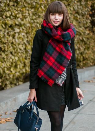 Черное пальто на запах yoins приталенного силуэта, размер s
