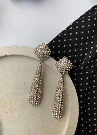 Шикарные нарядные серьги со стразами zara