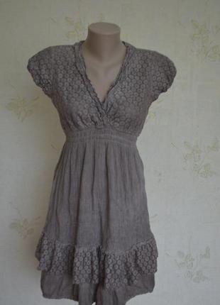 Суперское итальянское платье с гипюром