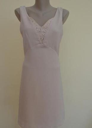 Нарядное платье в бельевом стиле