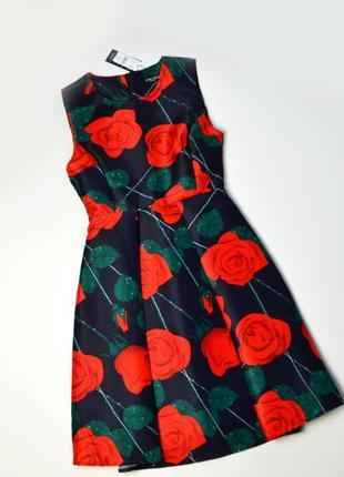 Красивое плотное платье миди в цветы