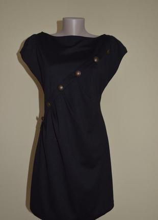 Маленькое черное английское платье