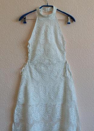 Кружевное платье с чокером и открытой спиной h&m