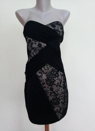 Нарядное вечернее платье с гипюром